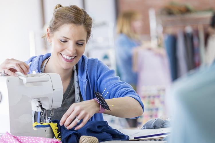 Работа на швейной машинке картинки